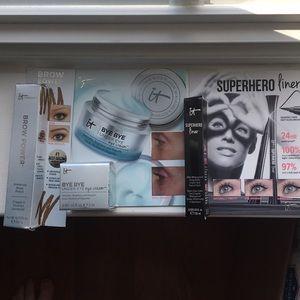 IT Cosmetics Travel Beauty Bundle